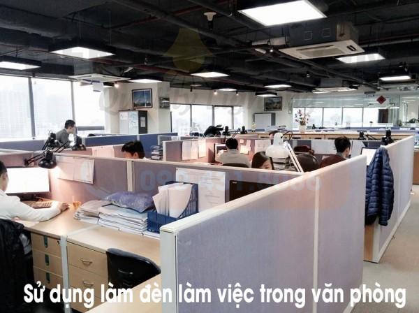 Đèn kẹp bàn làm việc LED Nhật Bản