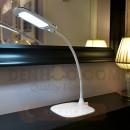 Đèn bàn tích điện LED chống cận DHCC801