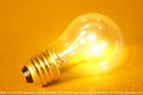 Bóng đèn sợi đốt - Nóng & siêu tốn điện