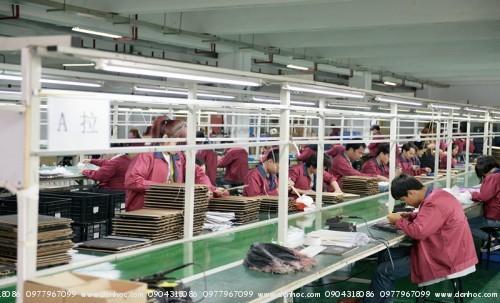 Bên trong xưởng lắp ráp sản phẩm Maple