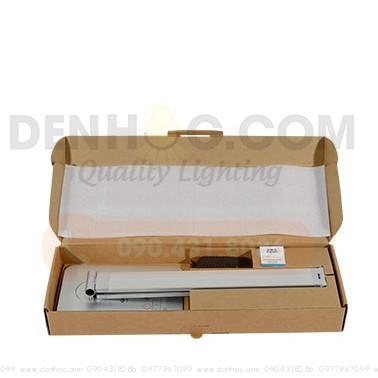Hộp sản phẩm đèn DTT10 gồm Thân đèn, Adapter