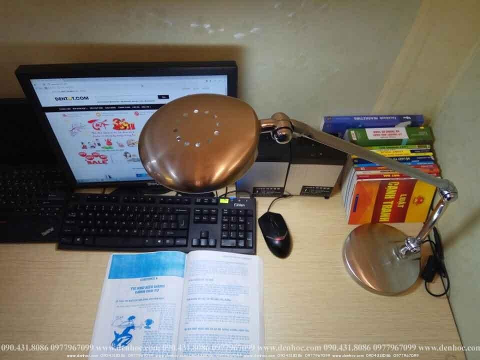đèn để bàn làm việc roboled (6)