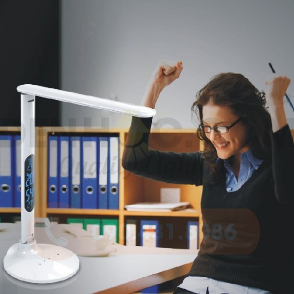 Đèn bàn Chống cận thị LED DTT7